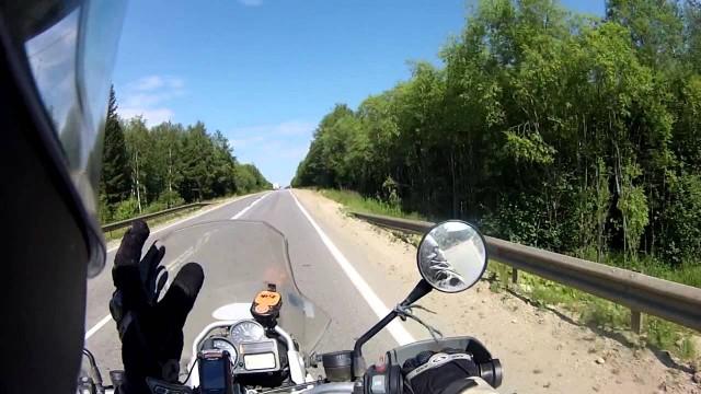 Preguntale a MrHicks46: Desde Rusia con Amor (2/3)